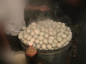 2605059-Balut-Eggs-0